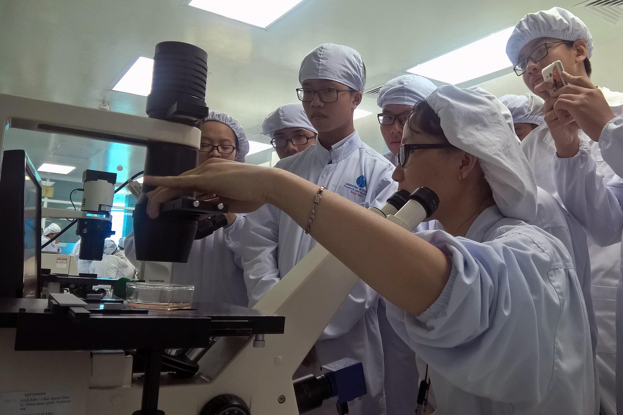 Phòng thí nghiệm Nghiên cứu và Ứng dụng Tế bào gốc